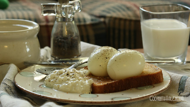 soft boiled eggs with toast and cottage cheese